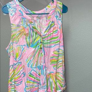 Lilly Pulitzer Shellebrate Essie Top Size Large
